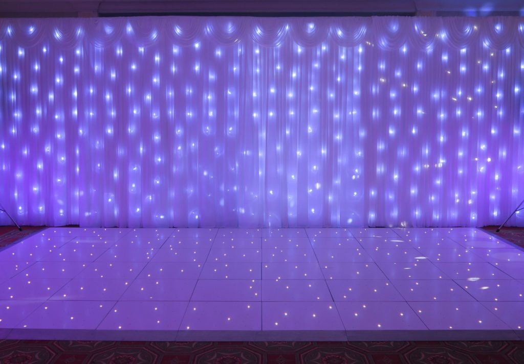 Hanbury Manor, Herts, Premier Set Up, White Starlight Backdrop, White LED Dance Floor, Lilac Uplighting