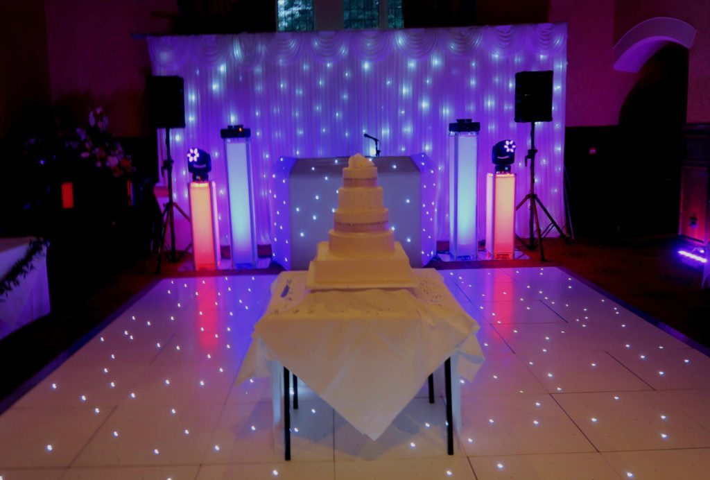 Grims Dyke Hotel, Harrow, Premier Set Up, White Starlit Booth & Backdrop, White LED Dance Floor, Red & Blue Uplighting