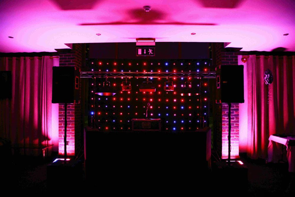 Nazeing Golf Club, Essex, Standard Set Up, Black Booth, Black Backdrop With Cloured Starlights, Pink Uplighting