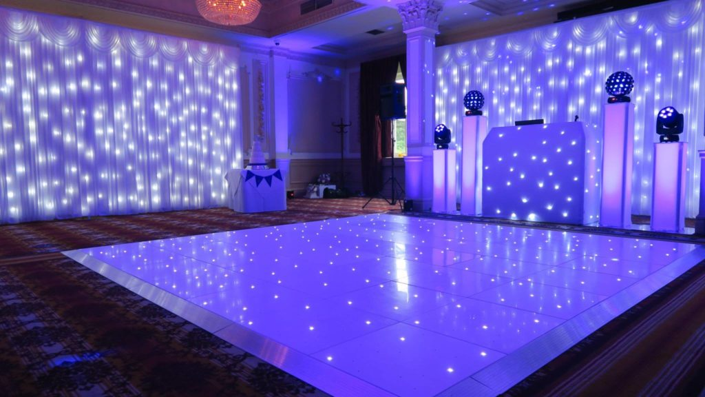 Down Hall, Essex Premier Set Up, White Starlight Booth, 2 White Starlight Backdrops, White LED Dance Floor, Lilac Uplighting