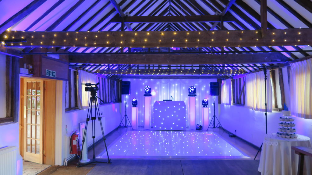 The Reid Rooms, Essex Premier Set Up, White Starlit Booth & Backdrop, White LED Dance Floor, Lilac Uplighting