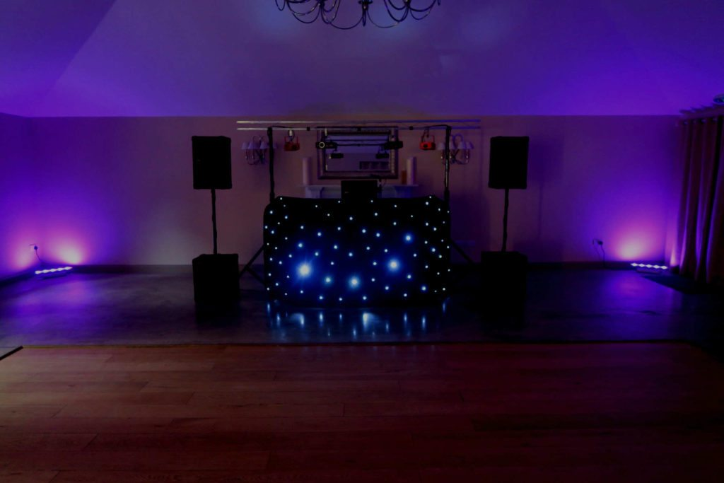 Houchins Farm, Essex, Standard Set Up, Black Starlit Booth, Lilac Uplighting
