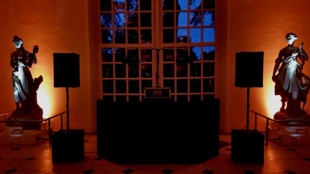 Kew Gardens, London, Standard Set Up, Black Booth, Orange Uplighting