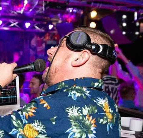 DJ Andi Mavis