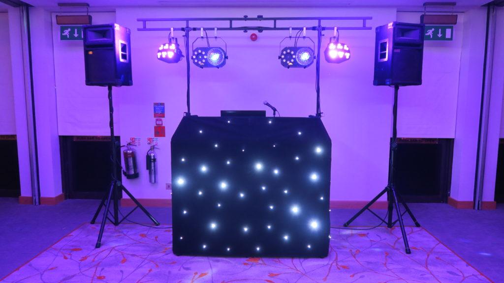 Cheshunt Marriott Standard Set Up, Black Starlight Booth